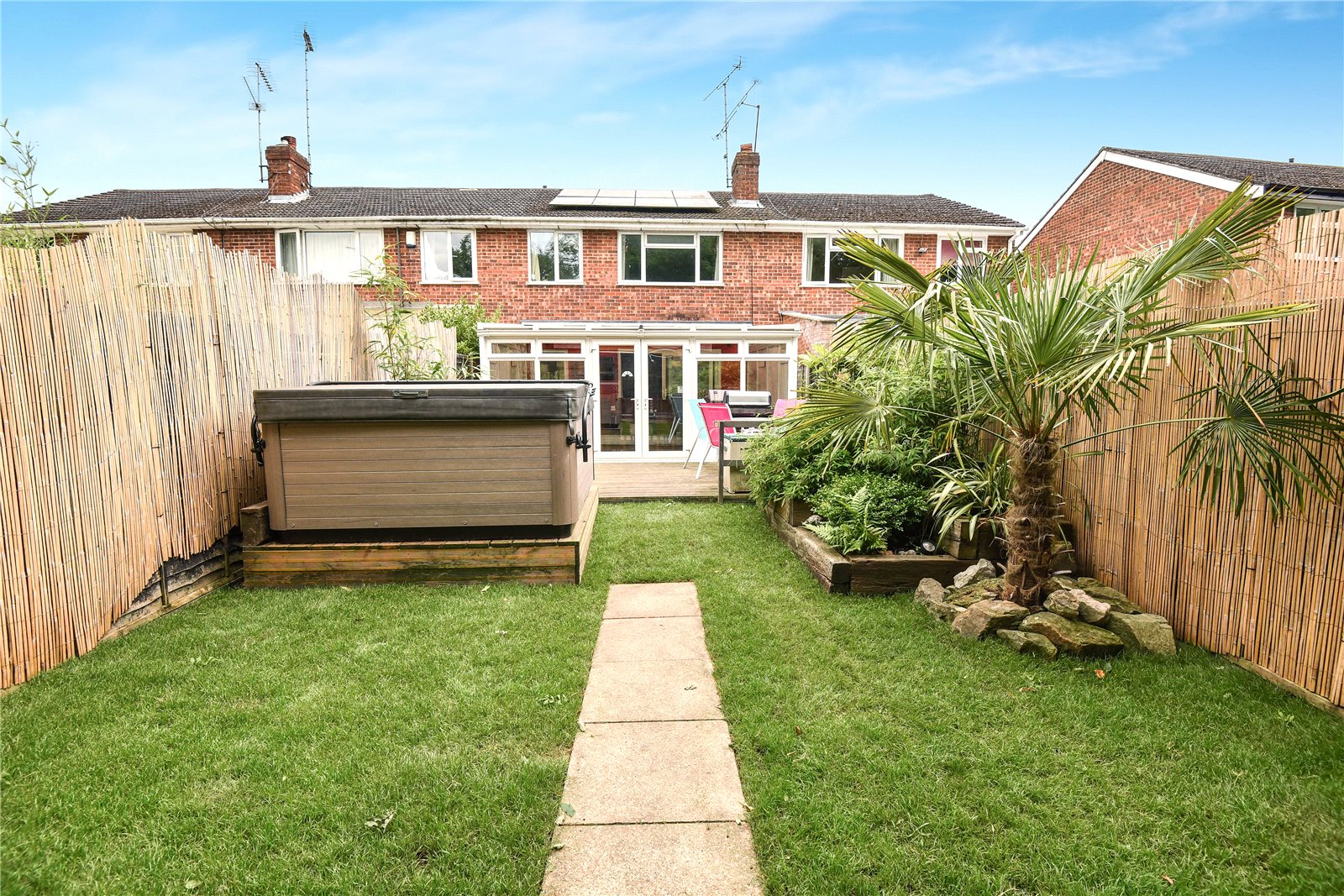 3 Bedrooms House for sale in Beaulieu Gardens, Blackwater, Camberley, GU17