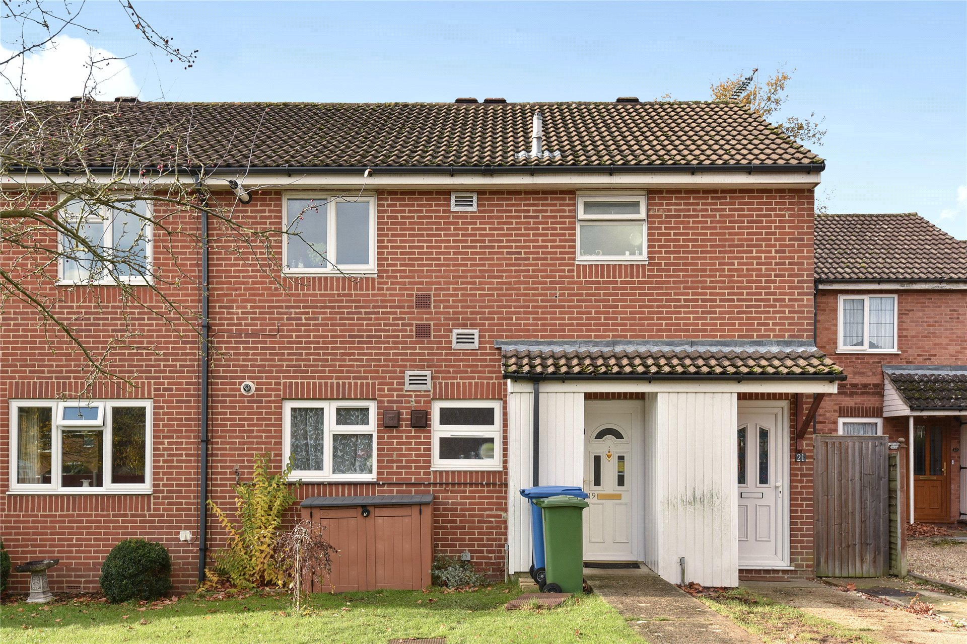 1 Bedroom Maisonette Flat for sale in Isis Way, Sandhurst, Berkshire, GU47