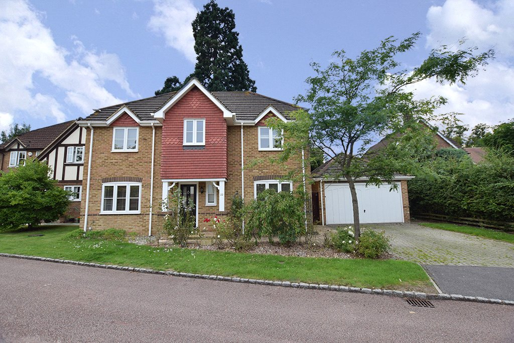 5 Bedrooms Detached House for sale in Innings Lane, Warfield, Berkshire, RG42