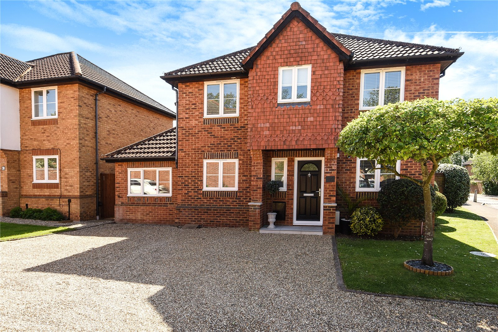 5 Bedrooms Detached House for sale in Worcestershire Lea, Warfield, Berkshire, RG42