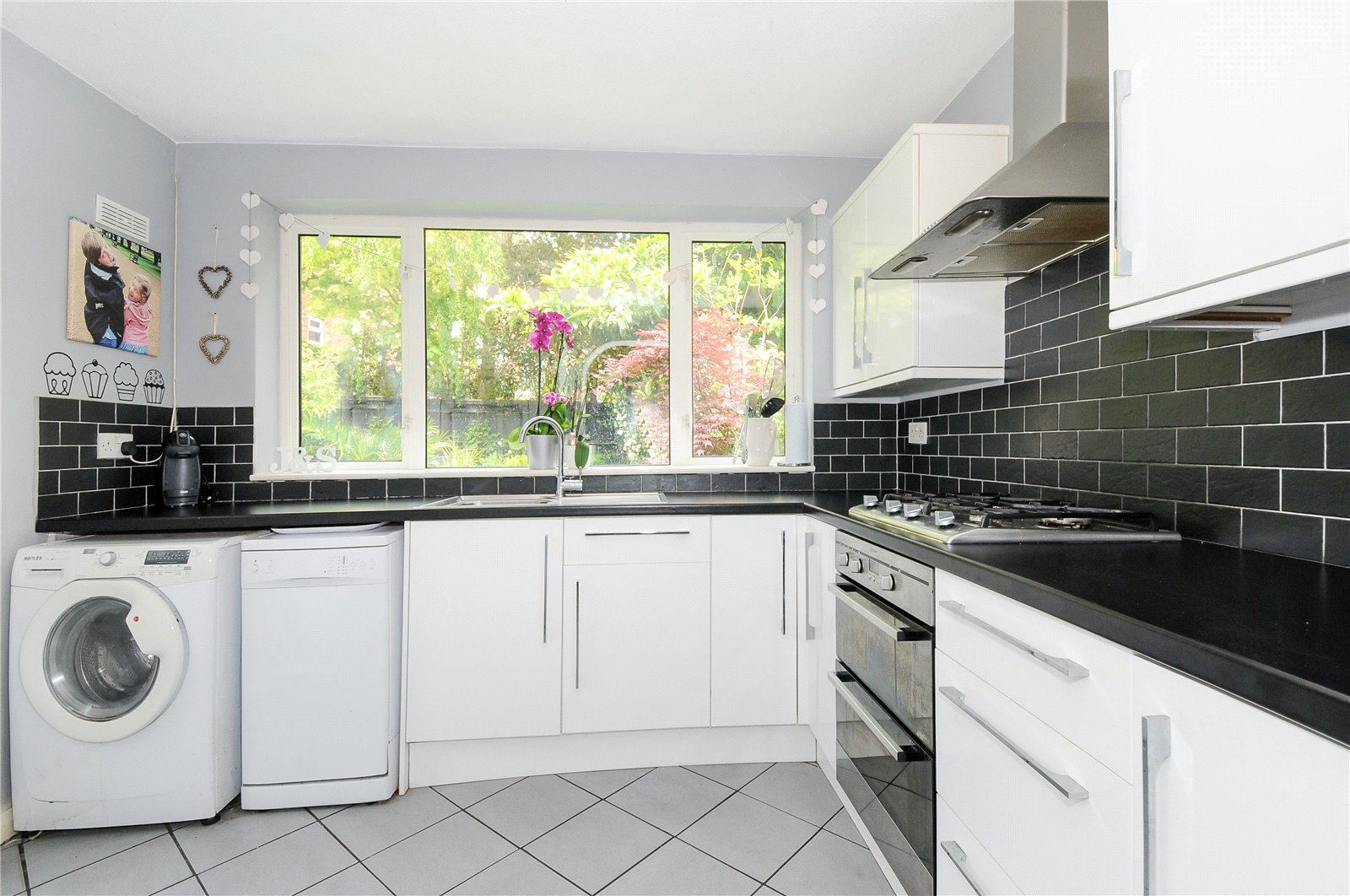 3 Bedrooms Semi Detached House for sale in New Meadow, Ascot, Berkshire, SL5