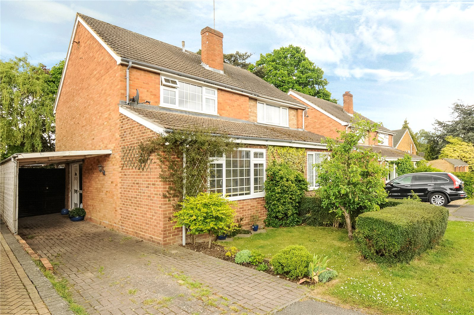3 Bedrooms Semi Detached House for sale in New Meadow, Ascot, Berkshire, Berkshire, SL5