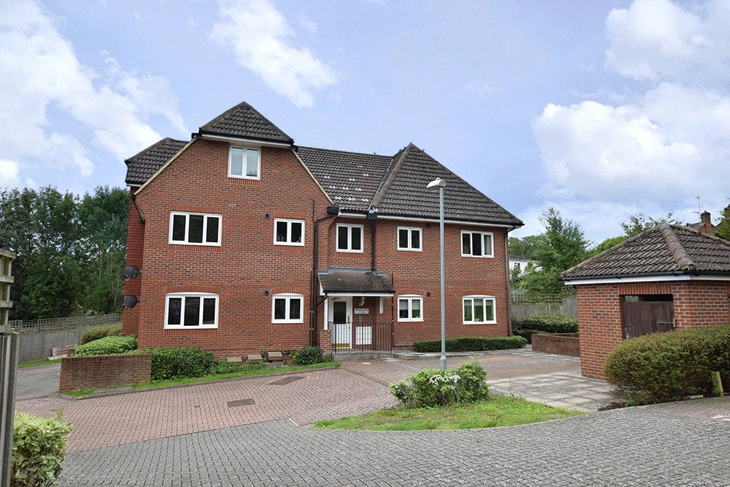 1 Bedroom Apartment Flat for sale in Pound Place, Binfield, Berkshire, RG42
