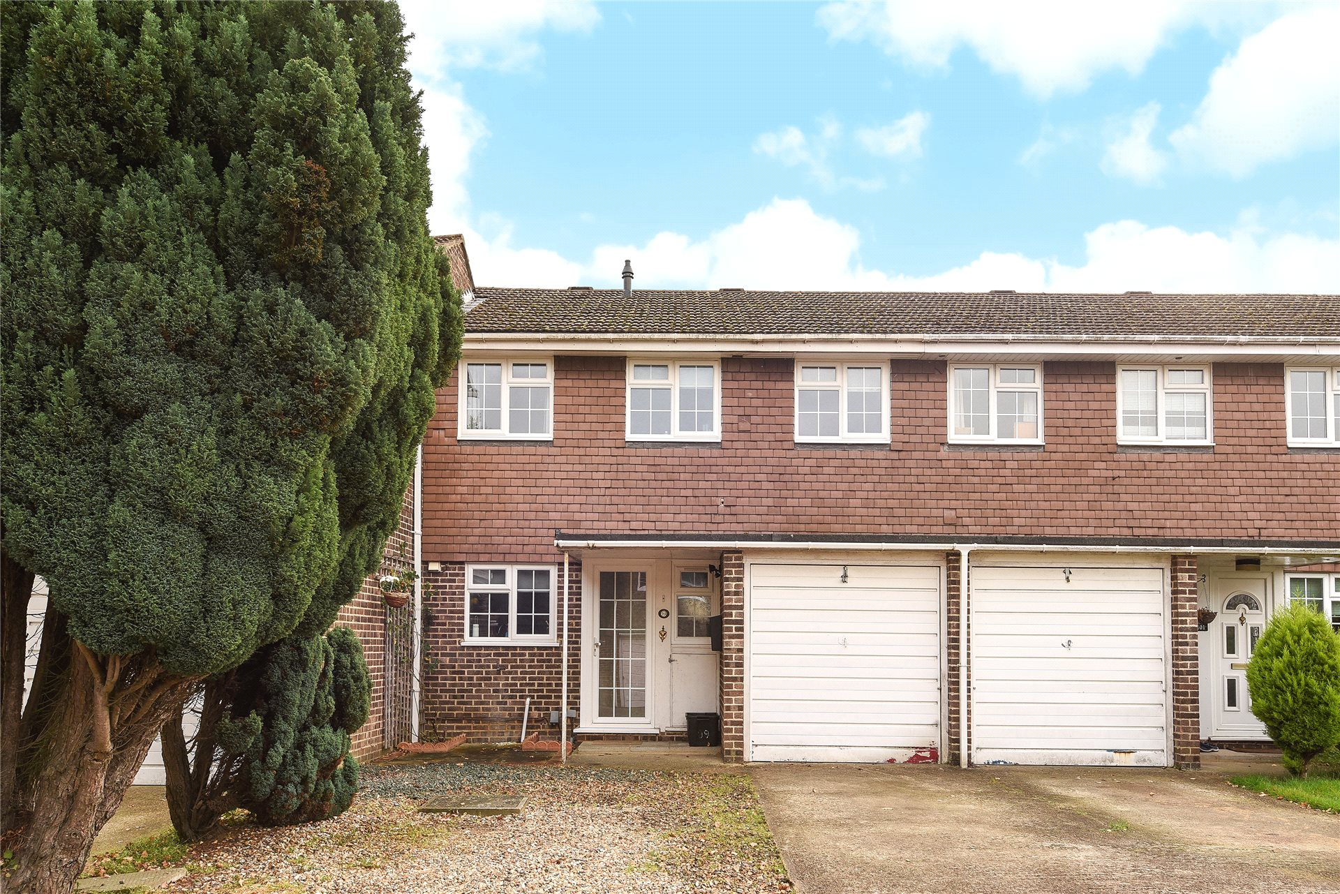 4 Bedrooms Terraced House for sale in Bathurst Road, Winnersh, Wokingham, Berkshire, RG41