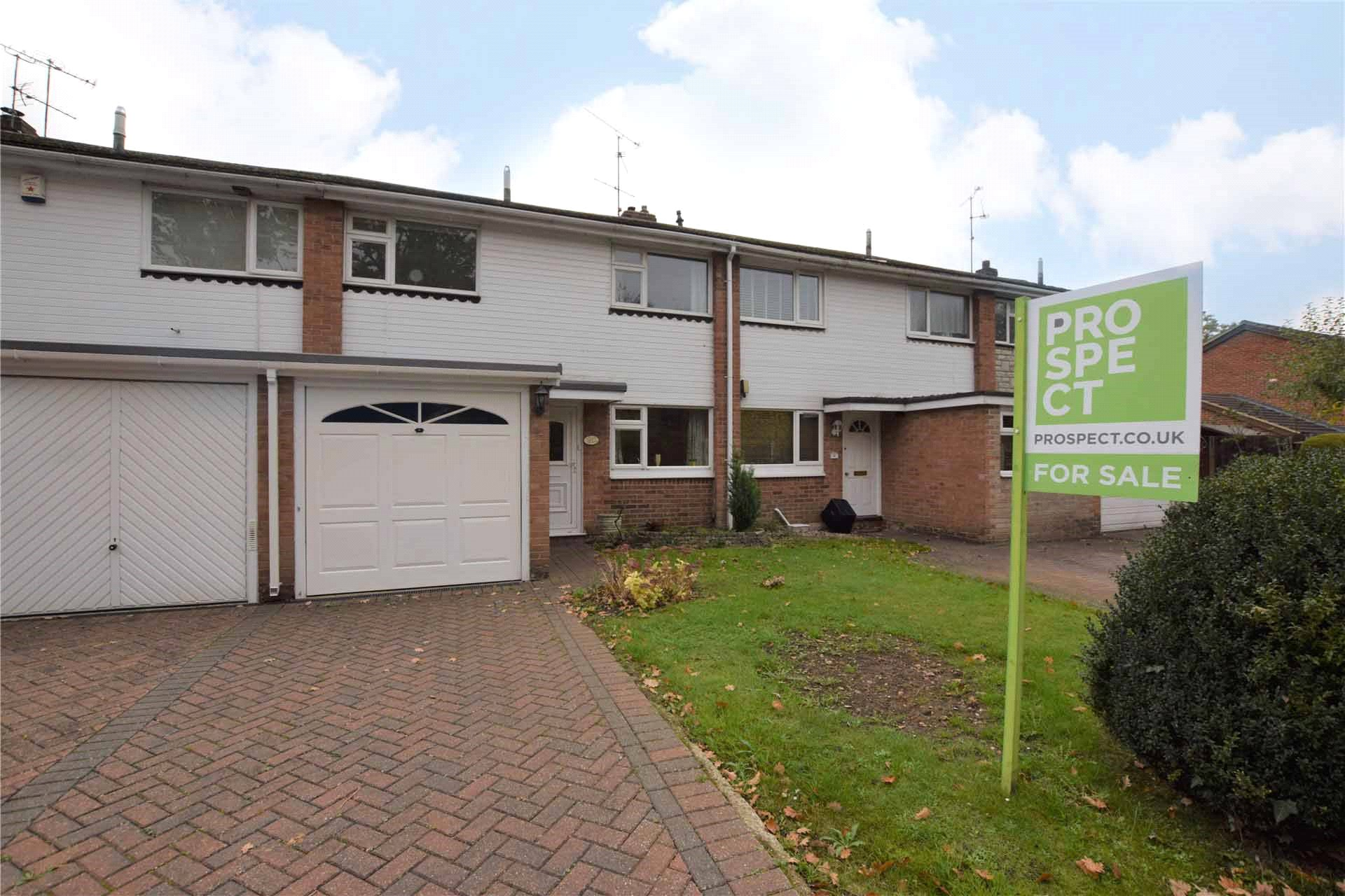 3 Bedrooms Terraced House for sale in Bathurst Road, Winnersh, Wokingham, Berkshire, RG41