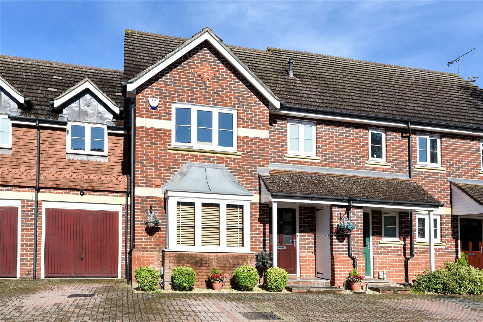 4 Bedrooms Town House for sale in Dowles Green, Wokingham, Berkshire, RG40