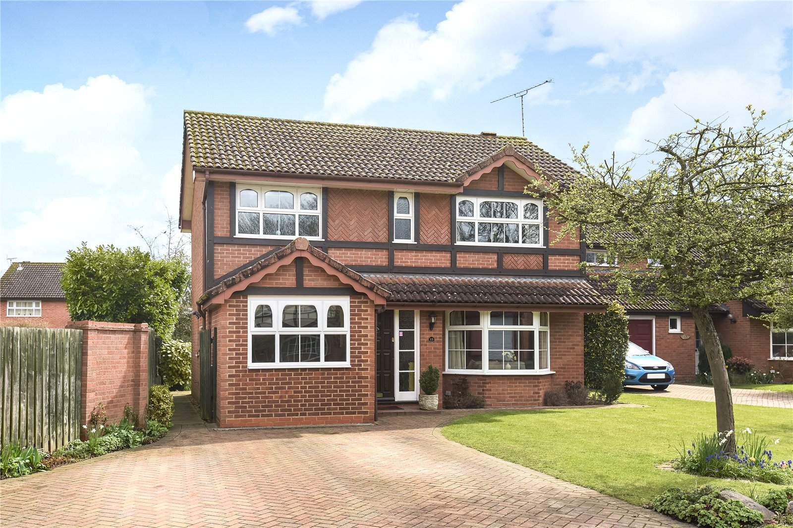 4 Bedrooms Detached House for sale in Crail Close, Wokingham, Berkshire, RG41