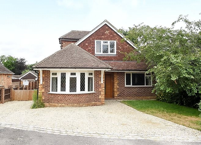 5 Bedrooms House for sale in Summit Close, Finchampstead, Wokingham, Berkshire, RG40