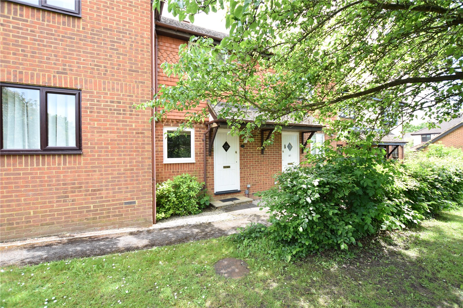 2 Bedrooms Terraced House for sale in Yorkshire Place, Warfield, Bracknell, Berkshire, RG42