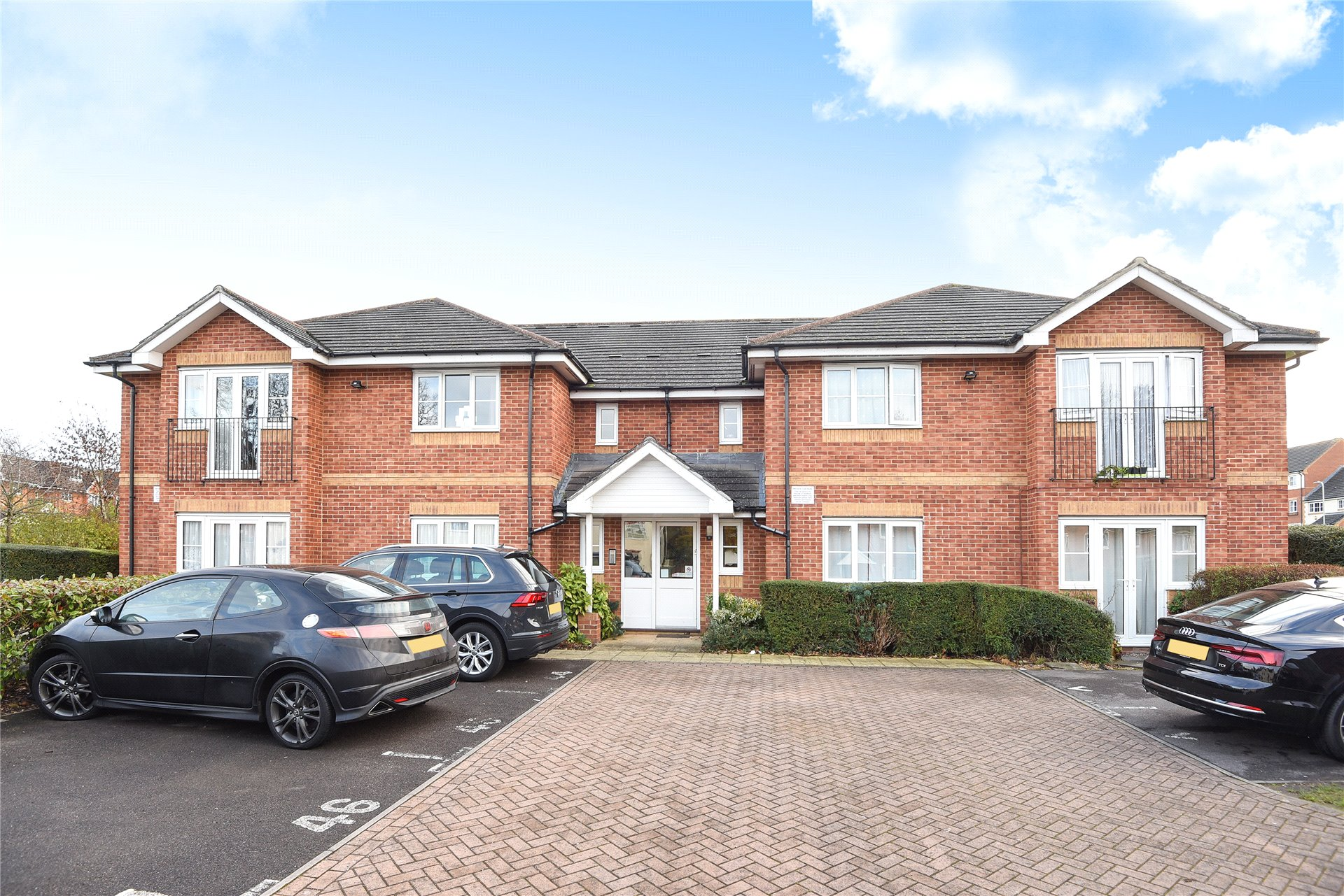 1 Bedroom Apartment Flat for sale in Frederick Place, Wokingham, Berkshire, RG41