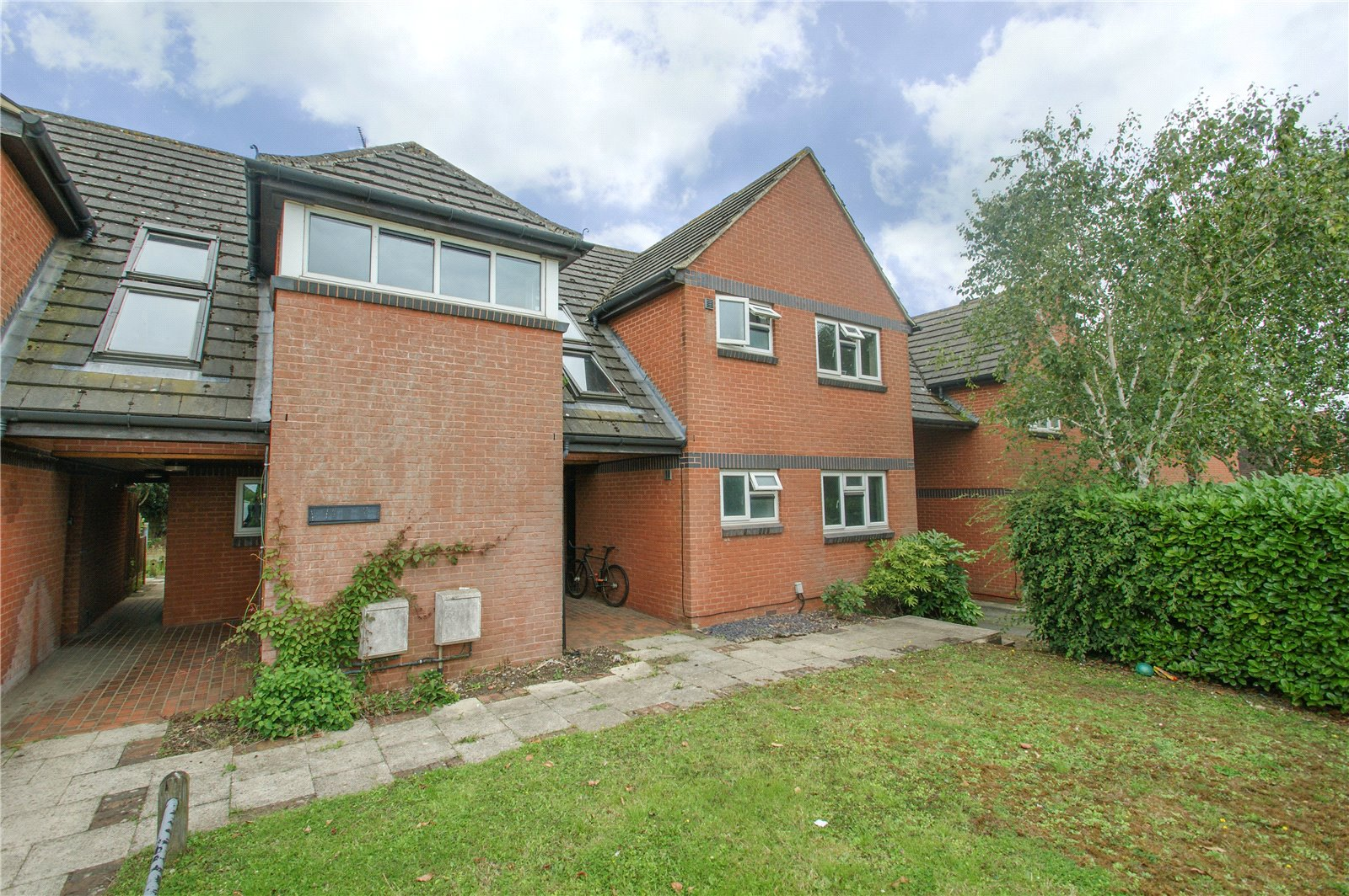 1 Bedroom Apartment Flat for sale in Toutley Road, Wokingham, Berkshire, RG41