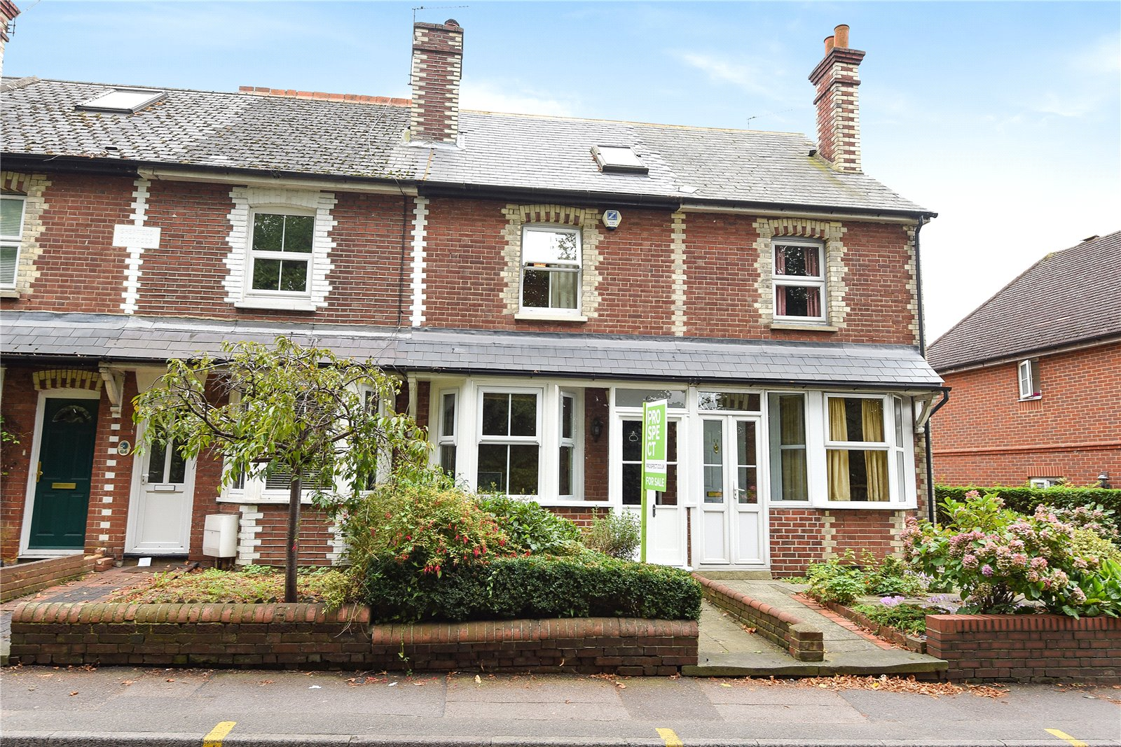 3 Bedrooms Terraced House for sale in Denmark Street, Wokingham, Berkshire, RG40